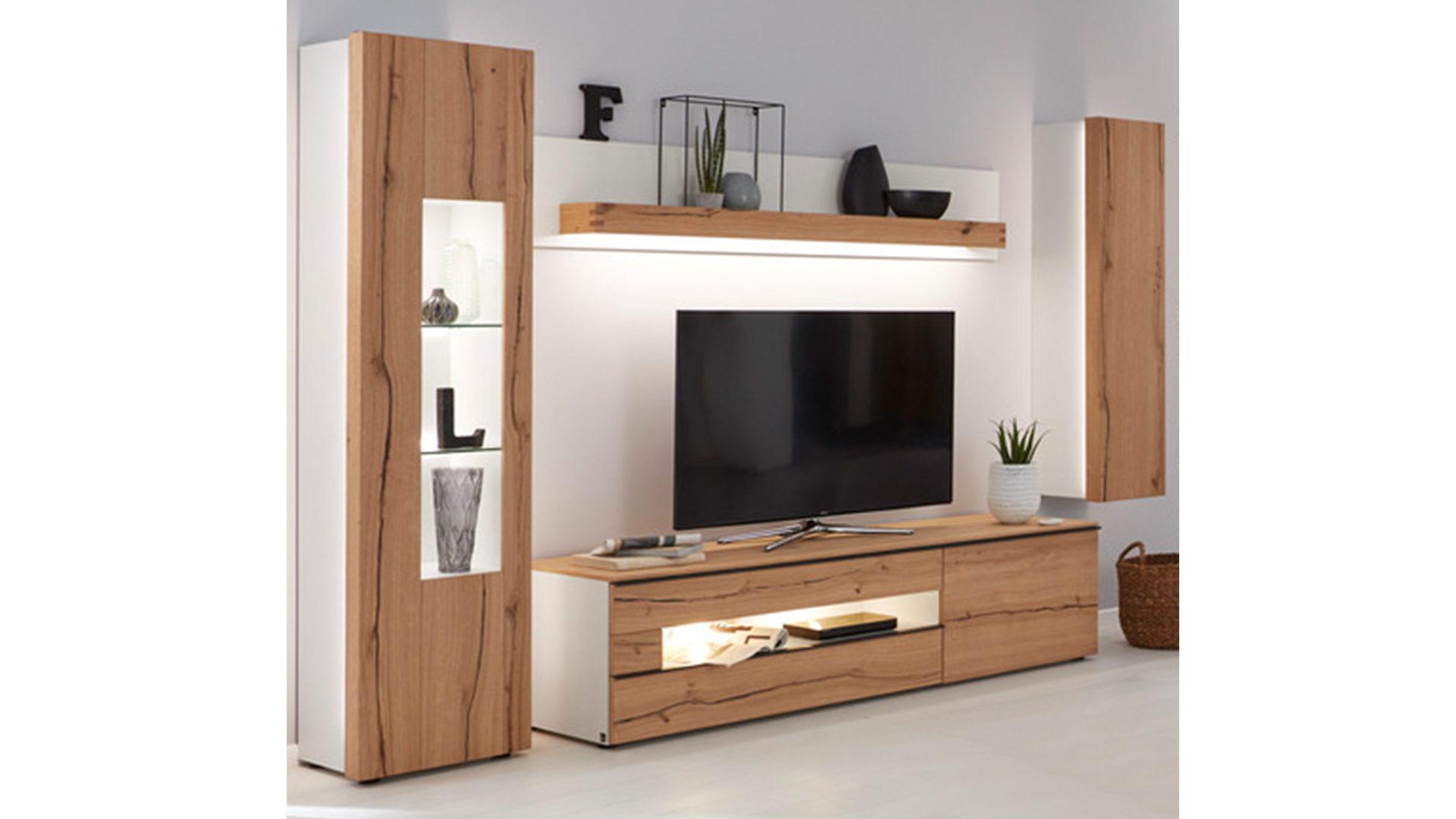 Interliving Wohnzimmer Serie 2103 – Wohnwand 560002F mit Beleuchtung,  mattweißer Lack & Asteiche – vierteilig, Breite ca. 3