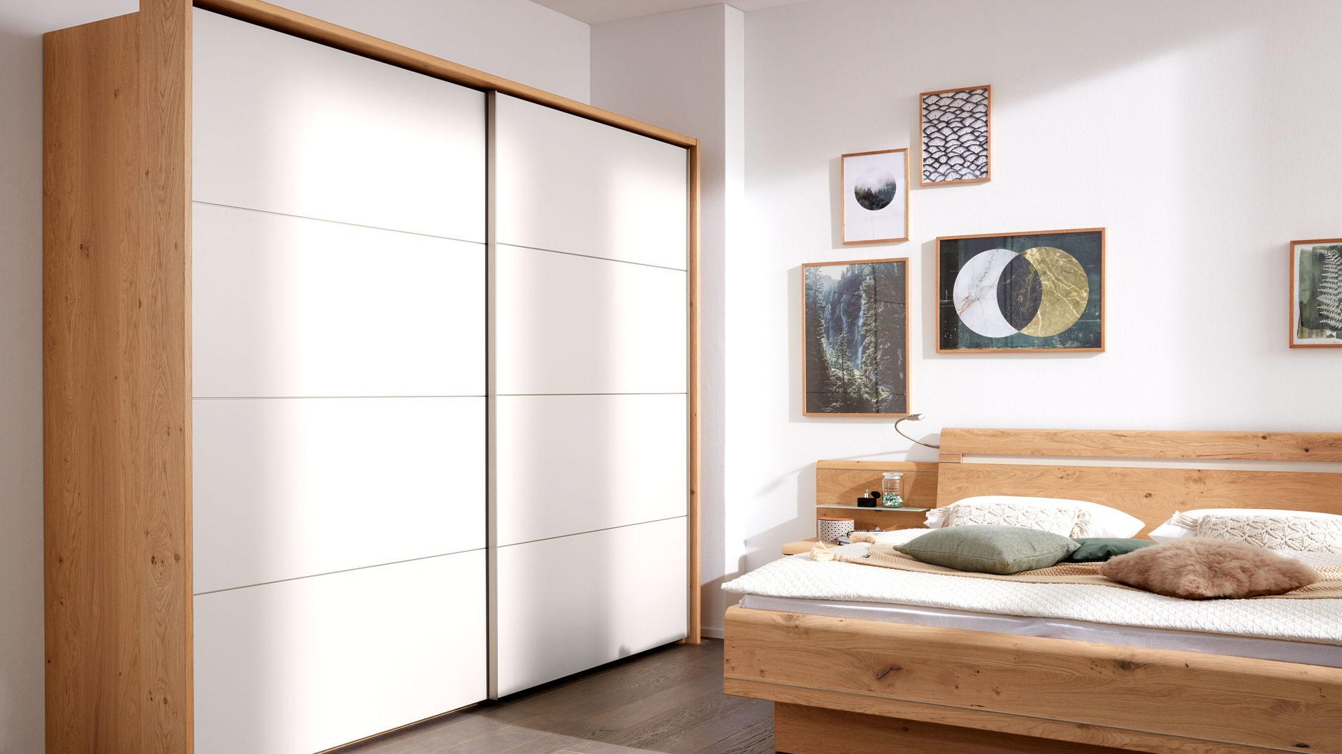 Interliving Schlafzimmer Serie 1013 Schwebeturenschrank Mit
