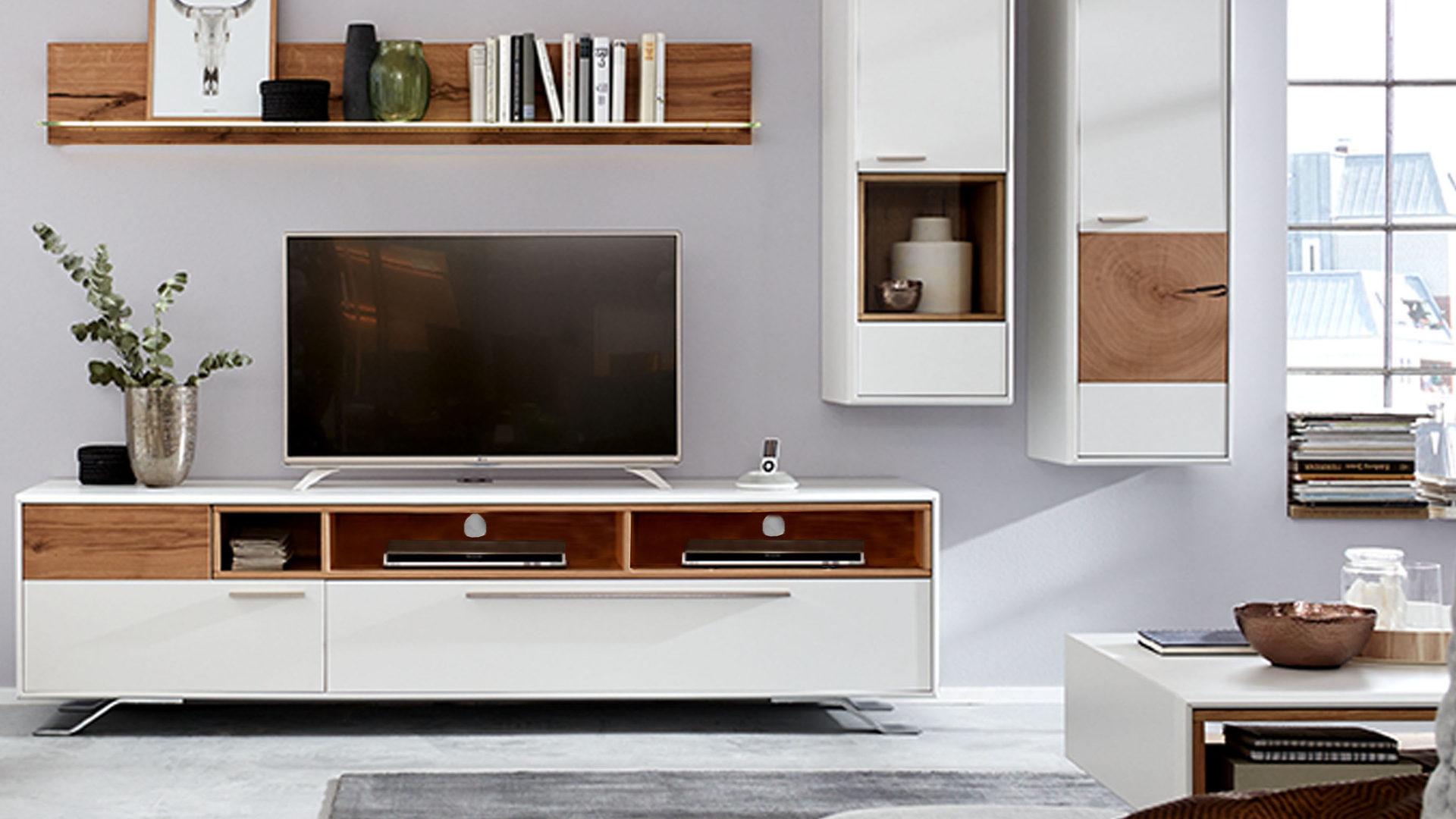 Interliving Wohnzimmer Serie 2102 Medienboard Helles Asteiche Furnier