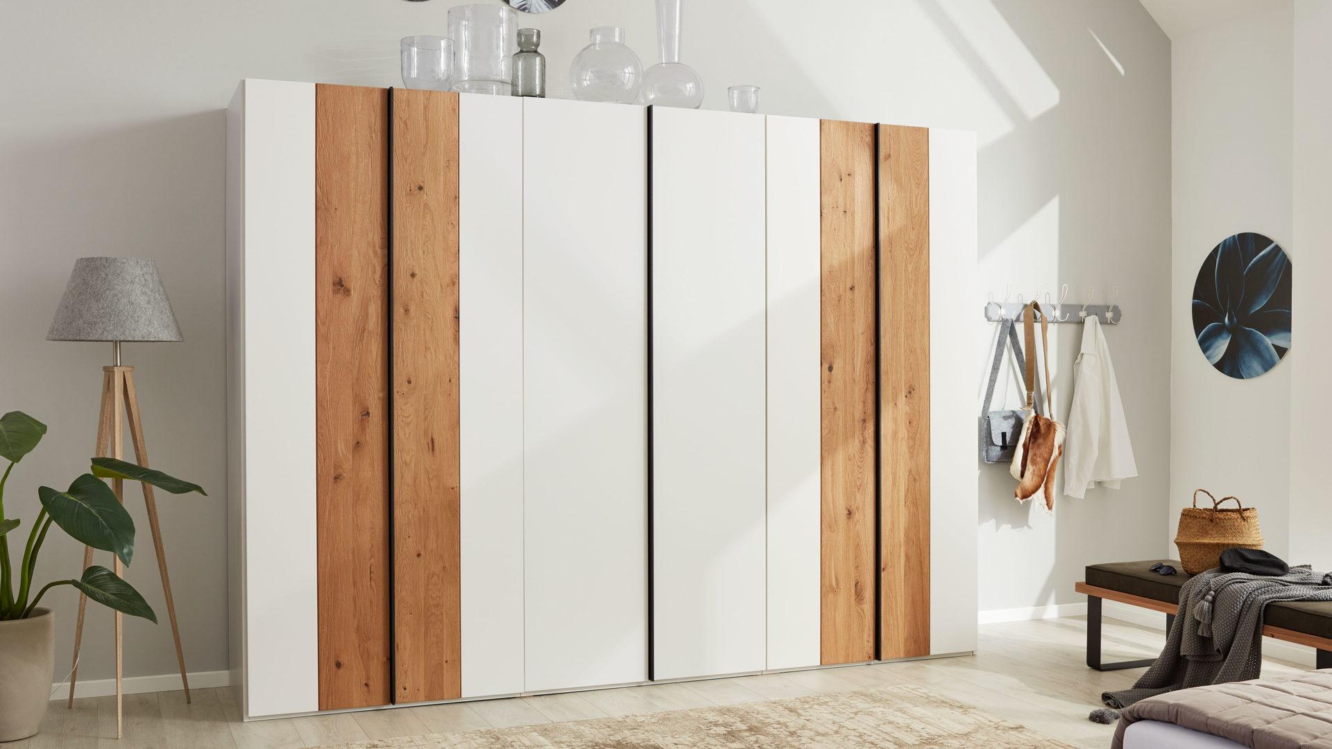 Interliving Schlafzimmer Serie 1019 Kleiderschrank 523062