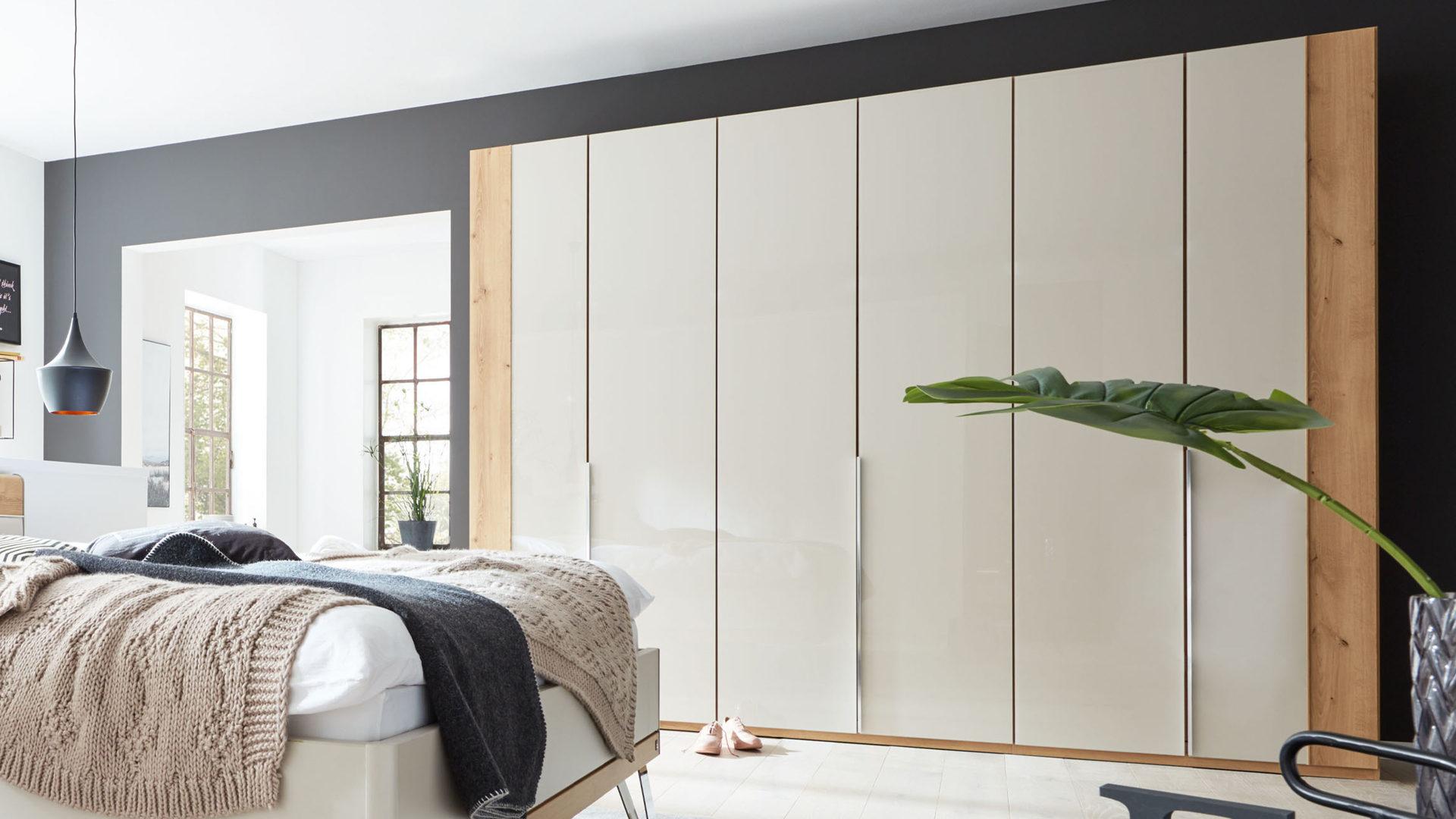Interliving Schlafzimmer Serie 1017 Kleiderschrank 368 Bianco Eichefarbene