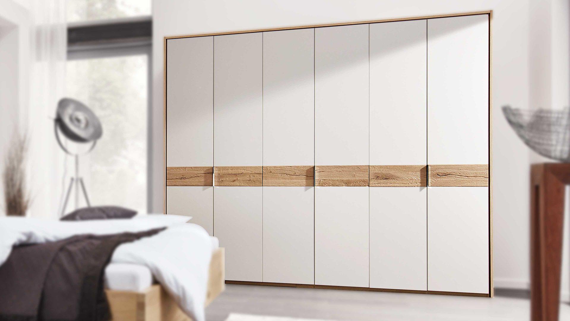 Interliving Schlafzimmer Serie 1002 Kleiderschrank Mit Passepartout