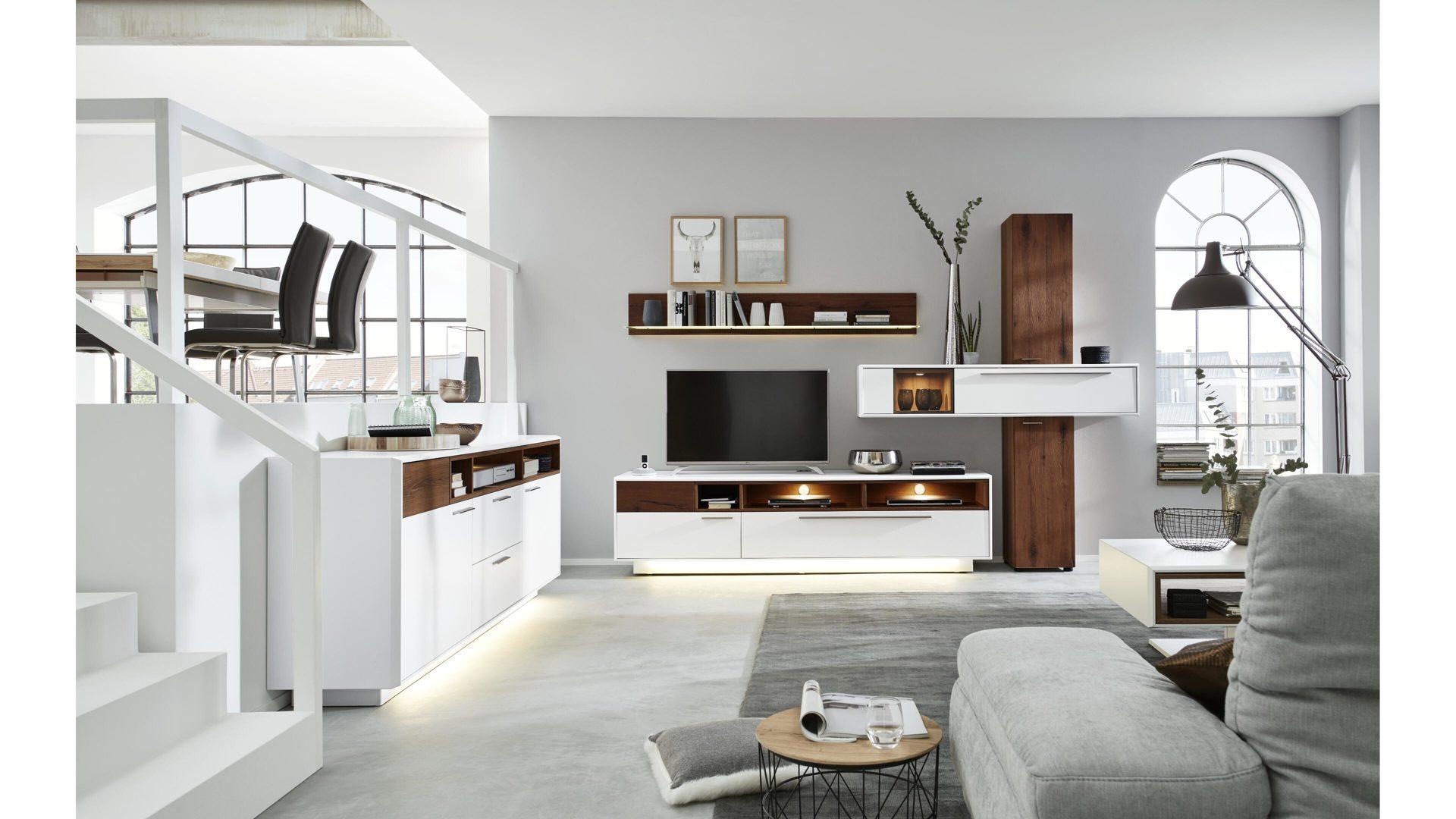 Interliving Wohnzimmer Serie 15 – Wohnkombination 15S mit Beleuchtung