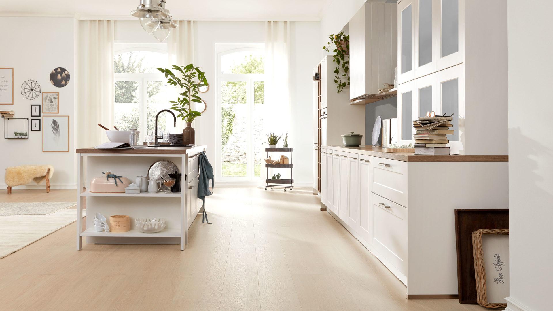 Interliving Küche Serie 3002 mit SIEMENS Einbaugeräten