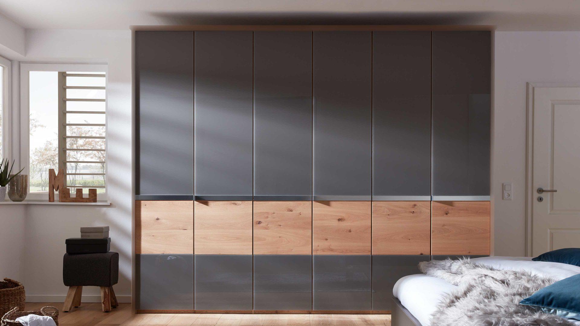 Interliving Schlafzimmer Serie 1202 Kleiderschrank Mit Passepartout