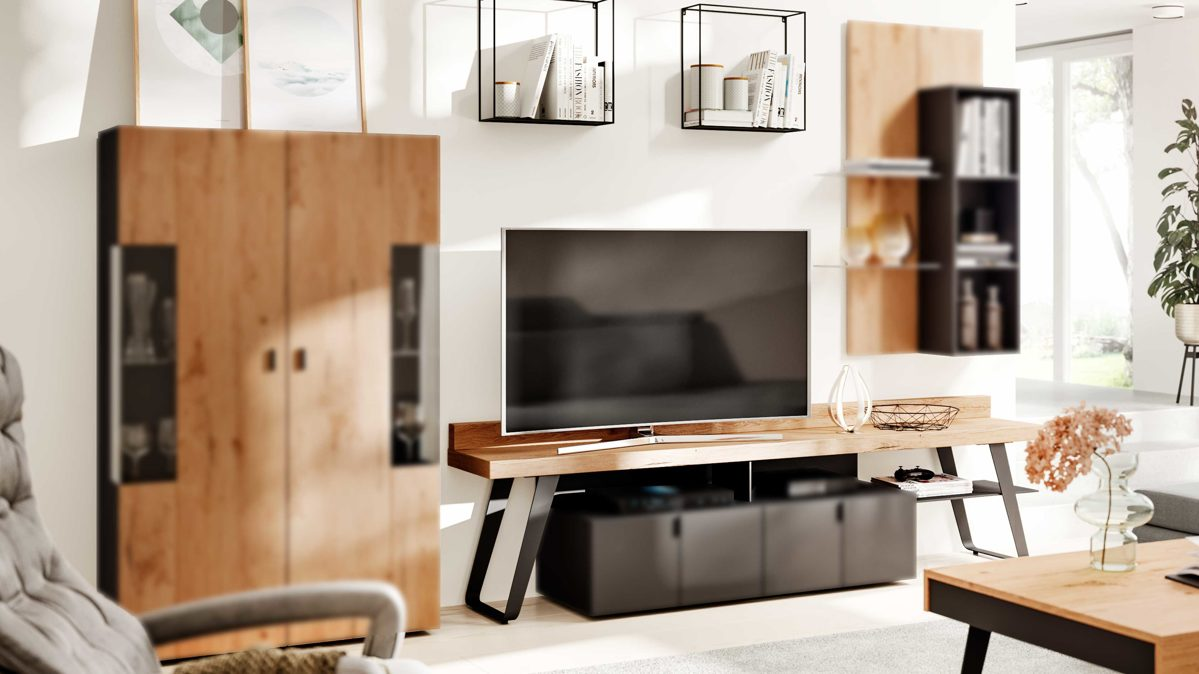 Medienmöbel Interliving aus Holz in Schwarz Interliving Wohnzimmer Serie 2105 – TV-Brücke TB6 anthrazitfarbener Lack, Balkeneiche, & anthrazitfarbenes Metall – Länge ca. 228 cm